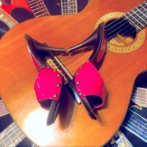 💕Frisky Hot Pink Studded Rampage Heeled Slides!